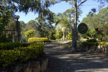 goldcoastdharmarealm20july2008055.jpg (210945 bytes)